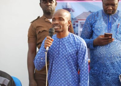 OGBOMOSO WEBSITE MANAGER MR JEREMIAH LIVE ON THE STAGE AT IRORUN AGBE HOUSE WARMING CELEBRATION